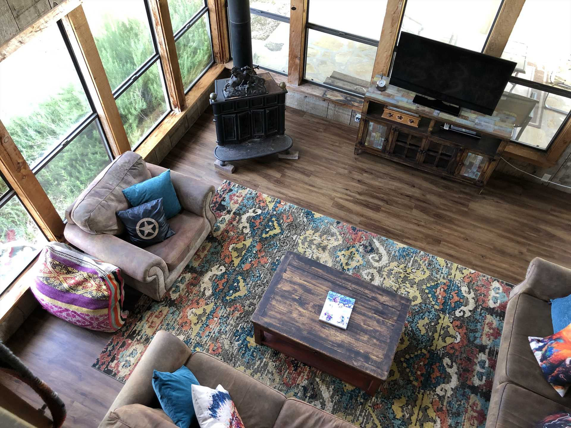 Additional extras you'll find in the Bluff House are a smart TV with Roku and 40 free channels, Wifi Internet service, and soothing central air and heat.