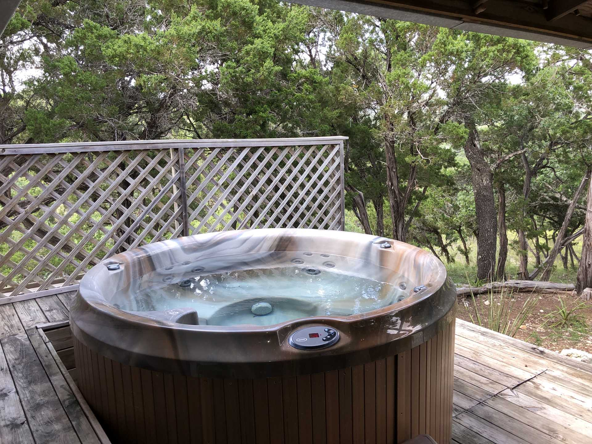 Don't forget your private hot tub! As our guest Ruth put it,