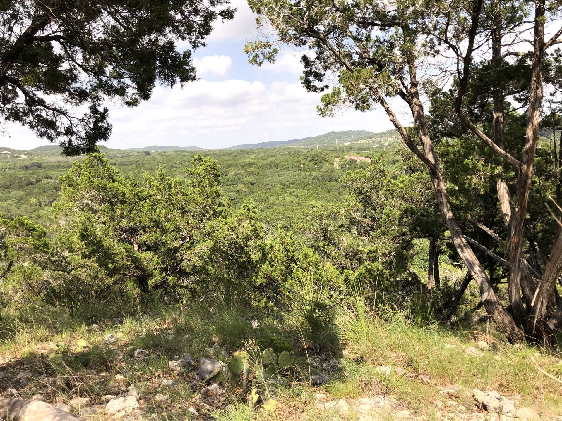 Kick back and admire the wildlife, sunsets, glittering night skies, and Hill Country views that seem to go on forever!