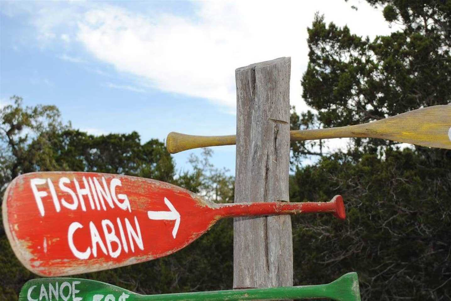 This way to a fun and intimate Hill Country holiday!