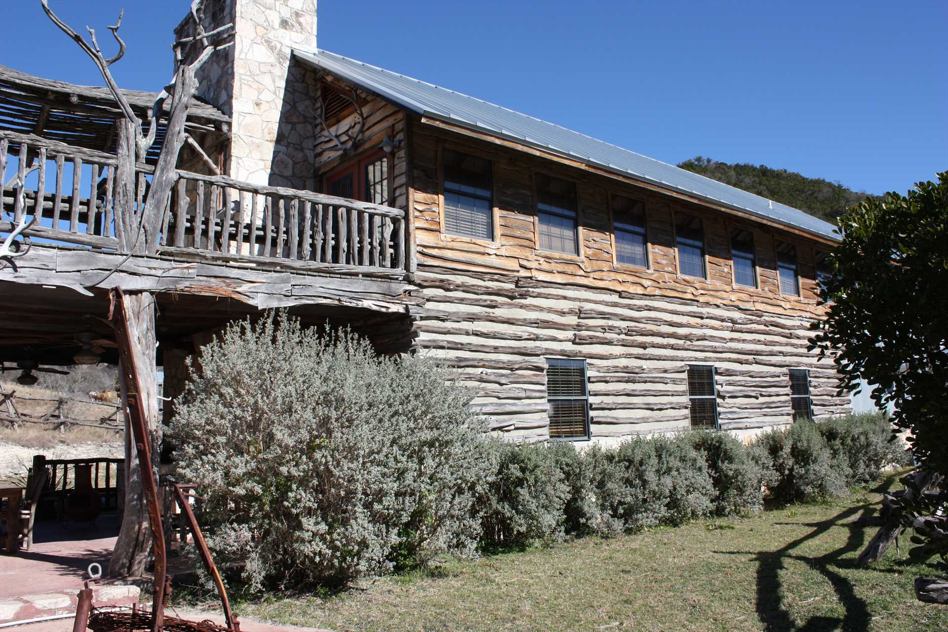 Imagine your crew having this massive, beautiful Hill Country lodge all to yourselves!