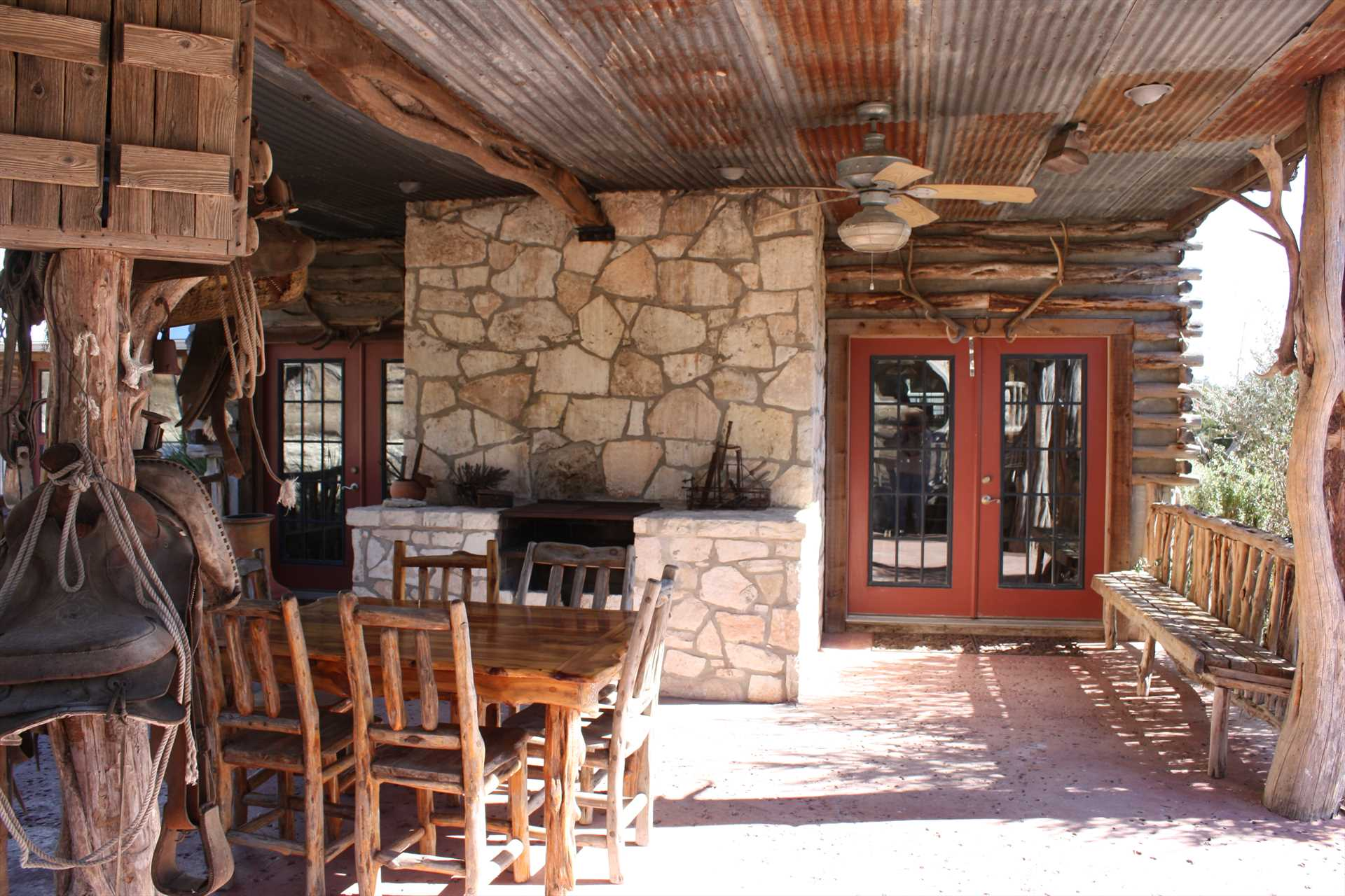 Chat with your fellow guests, grill a hearty meal, and even cook up some s'mores and marshmallows on the chimenea!