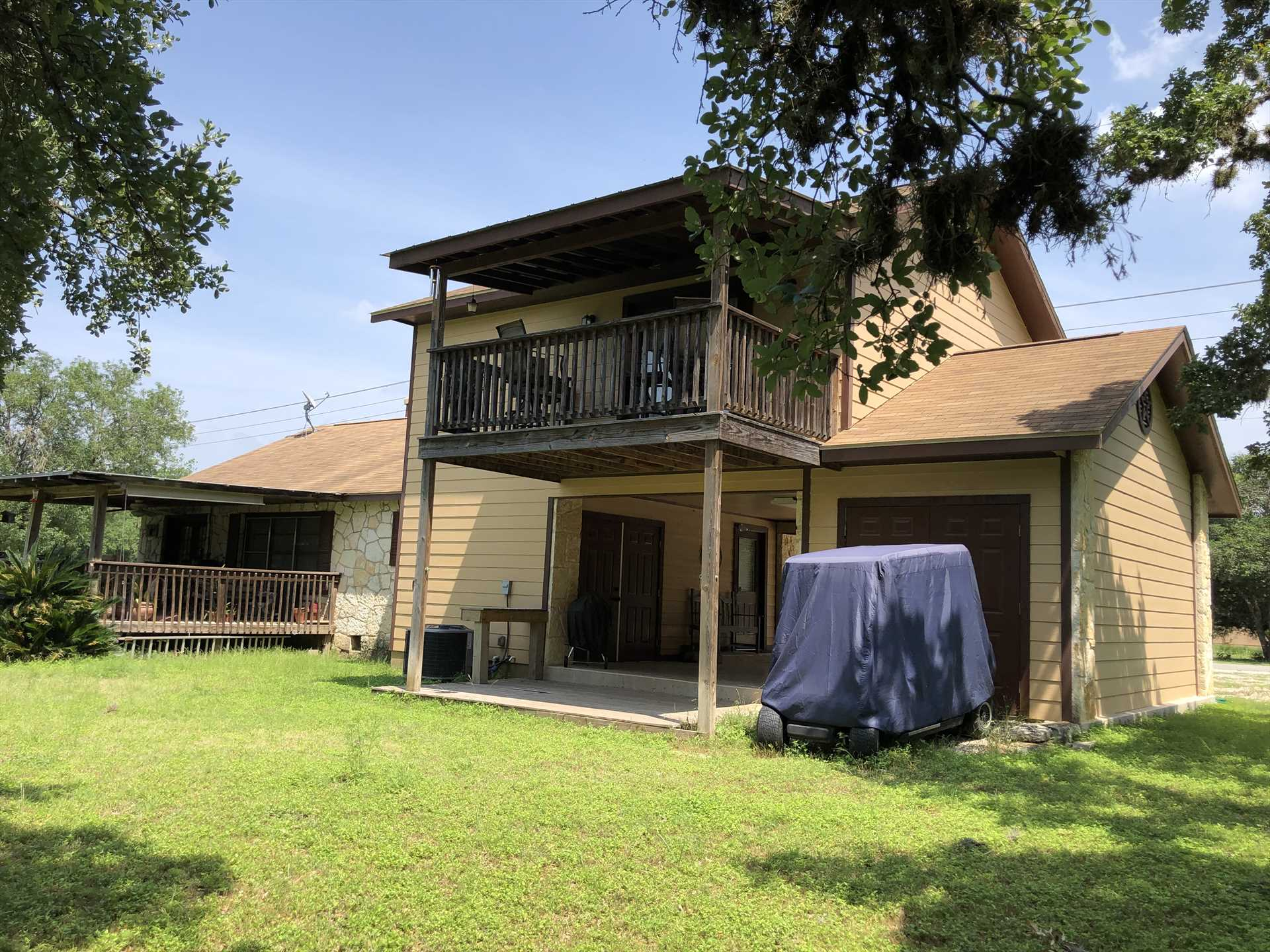 Plenty of shade above and below allows your folks to enjoy the Hill Country breezes out of the sun!