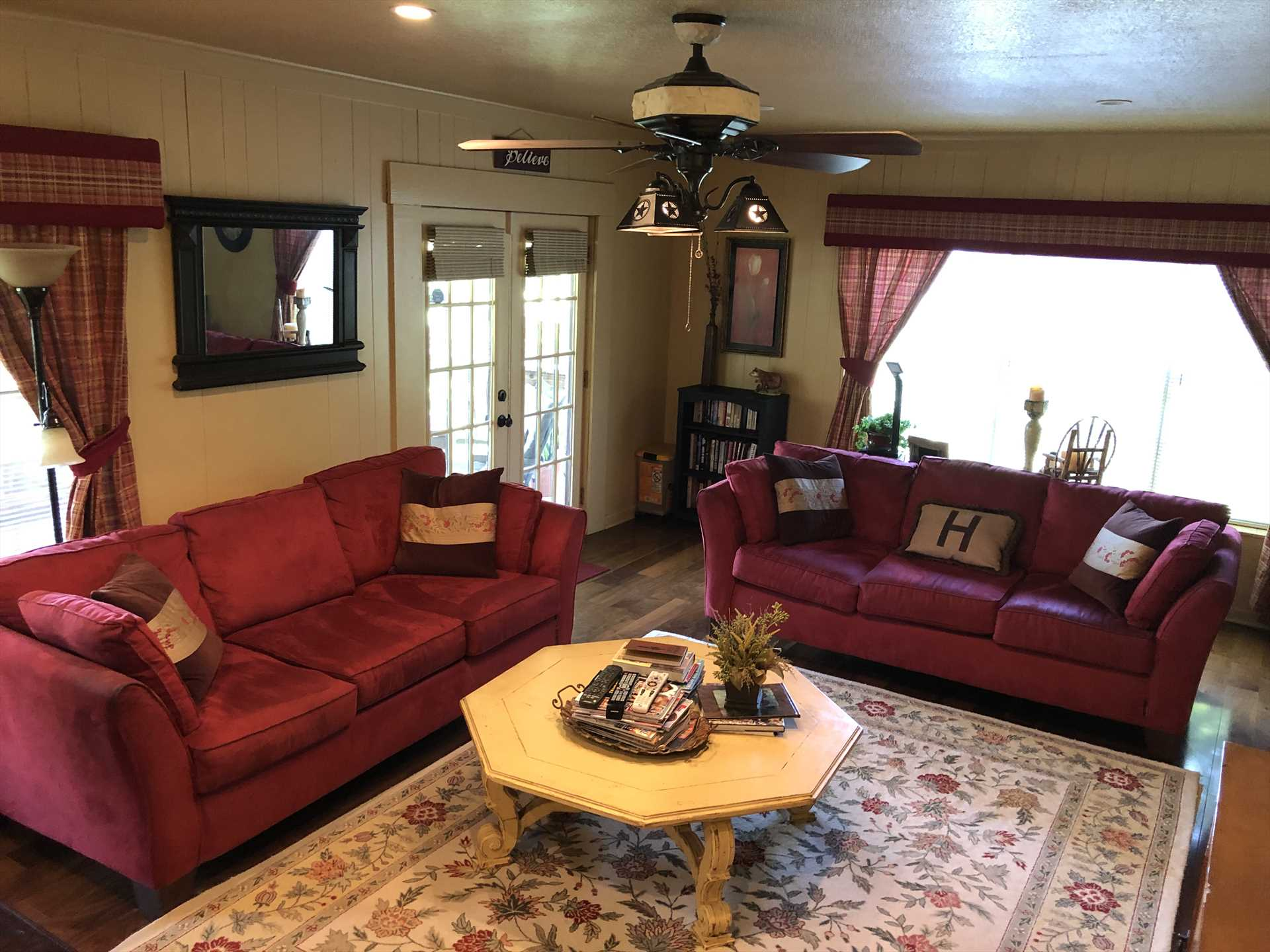 Central air and heating, along with ceiling fans, assure every moment is comfortable here. The living area features a fireplace and cable TV, and there's wireless Internet service everywhere!