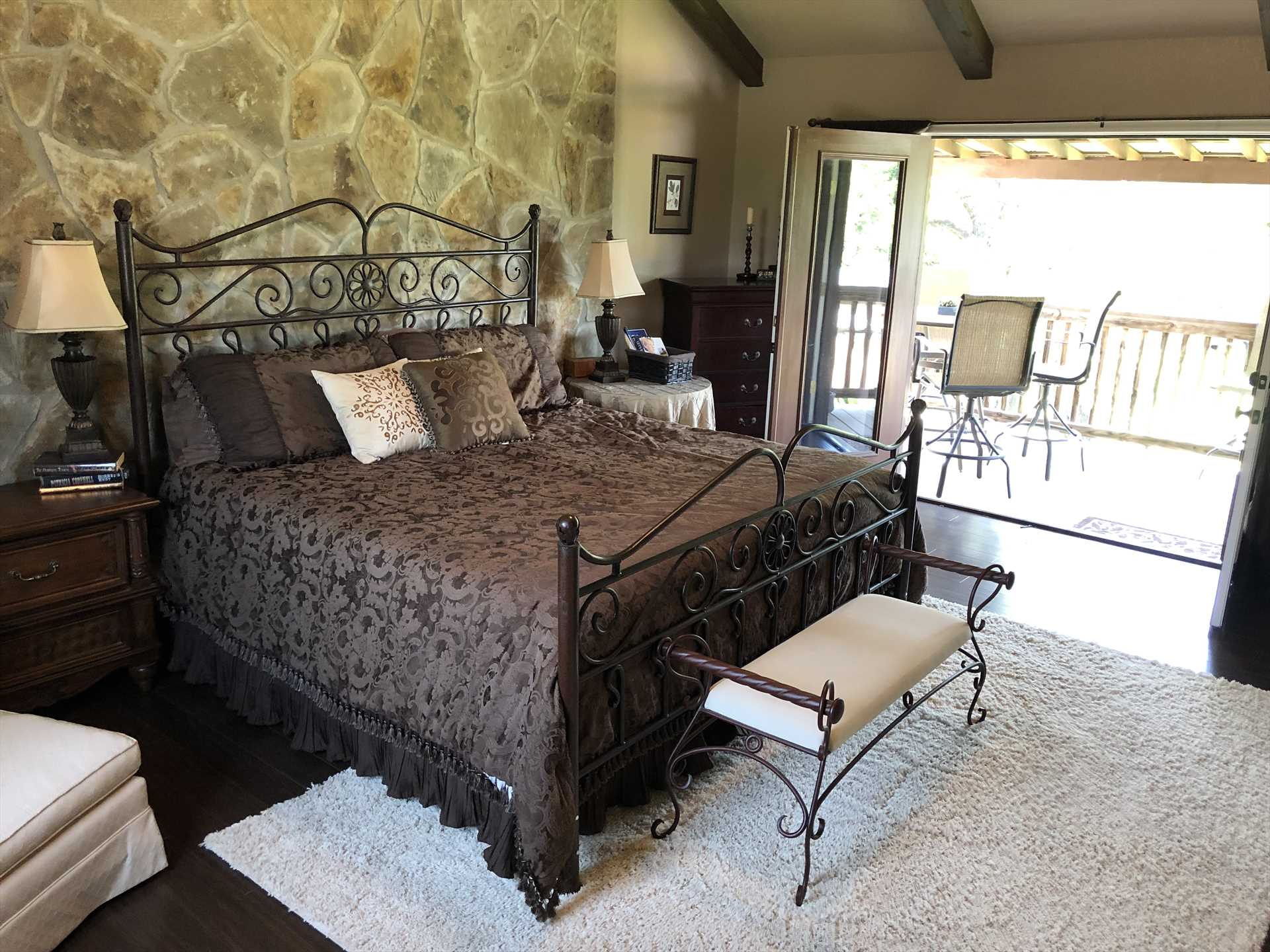 Sleep like royalty on the big king-sized bed in the master bedroom! All sleeping accommodations here come with clean and comfy linens.