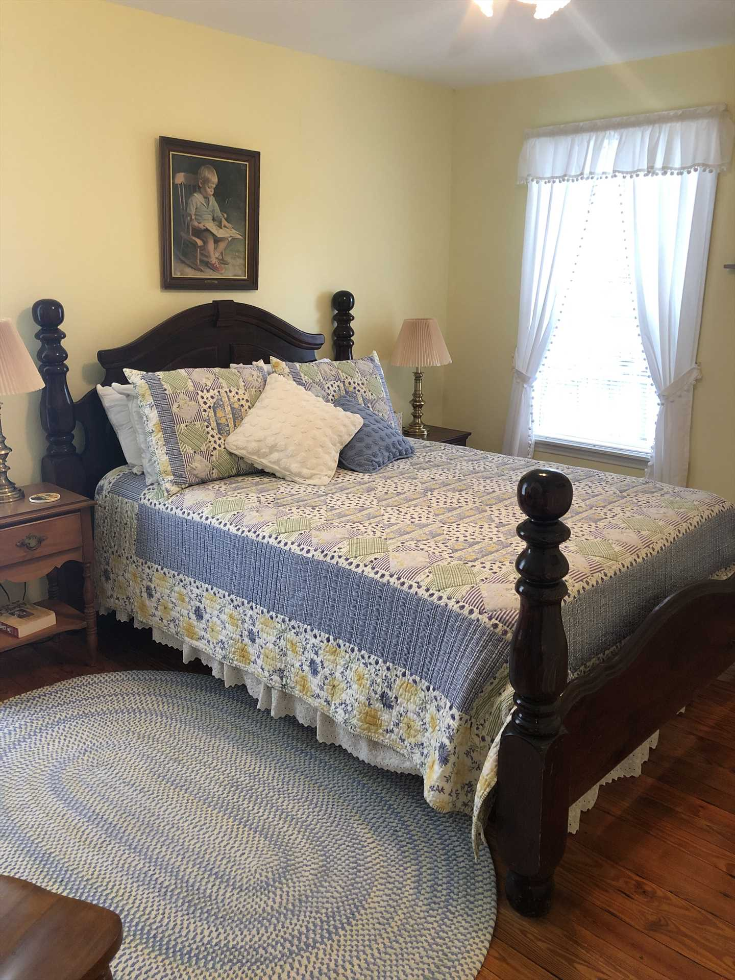 A big and comfy queen-sized bed is the centerpiece of the master bedroom, and all bed and bath linens are provided.