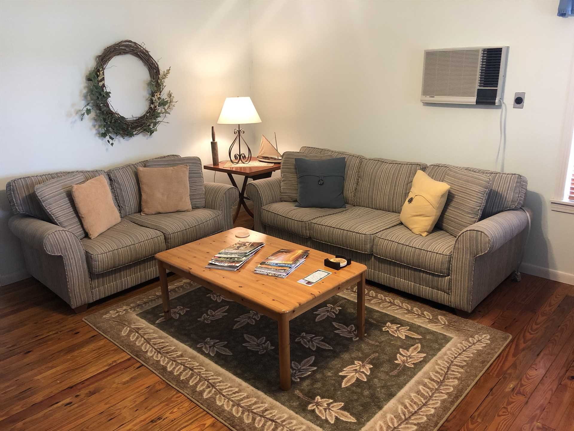 A huge sofa provides sleep for a fifth guest, and for your comfort and entertainment, there's satellite TV, Wifi, and central air and heating.