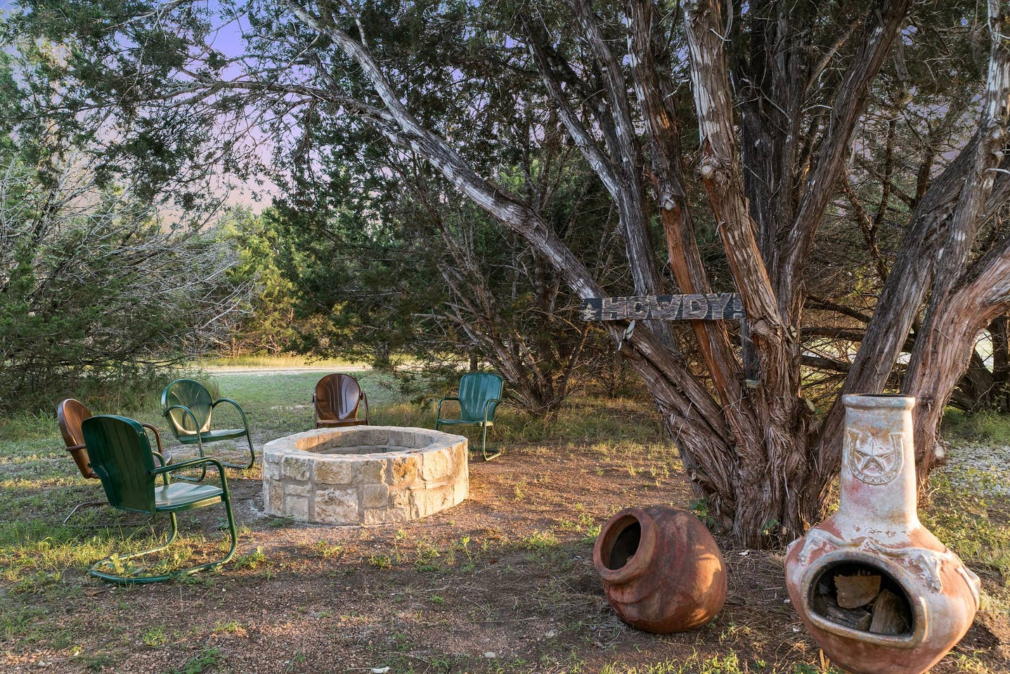 The shared fire pit and chimenea are perfect for roasting snacks, and meeting some of your fellow travelers.
