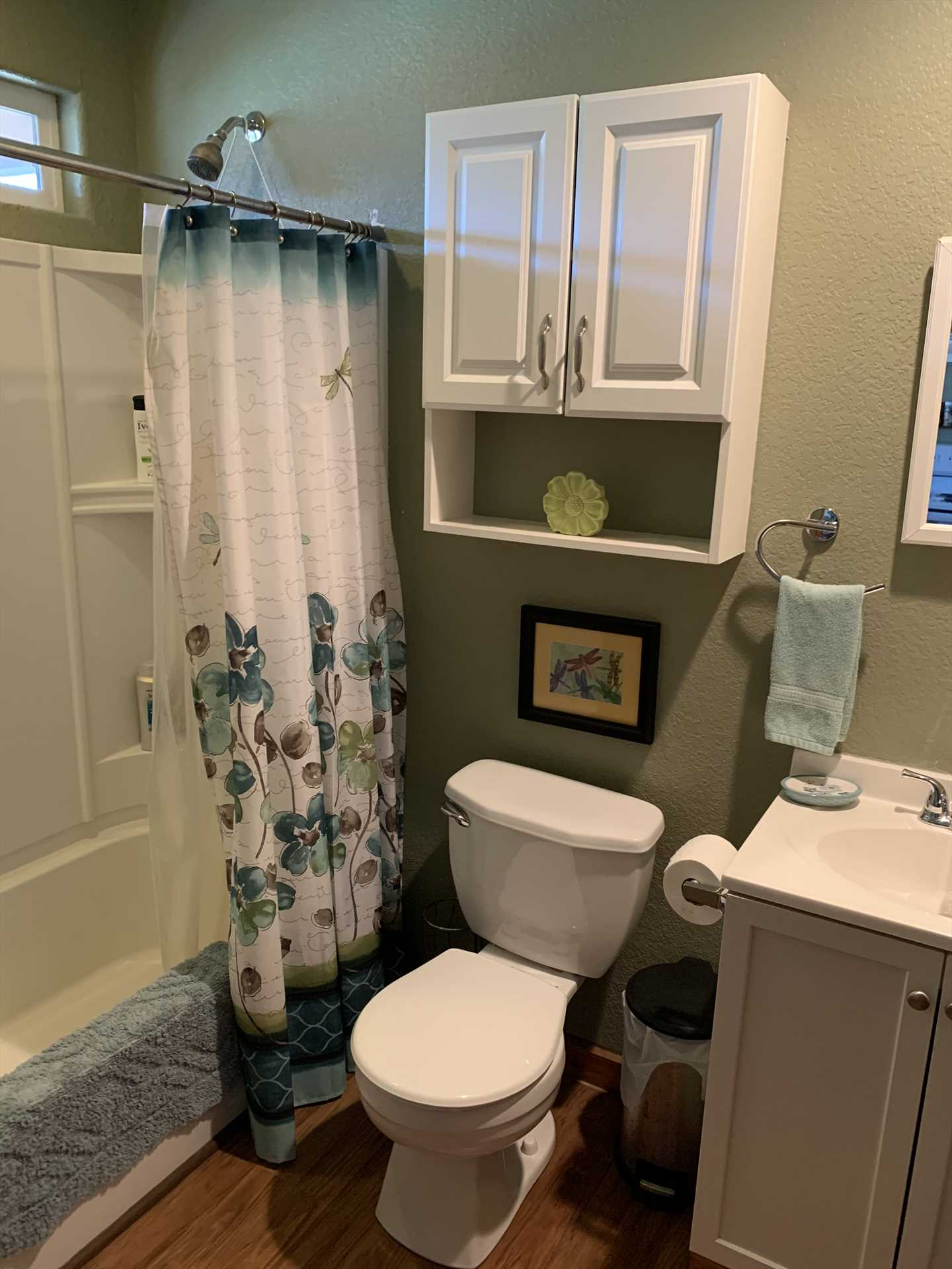 The full bath, and the bedroom, all come with their own complimentary linens. Hot tub and swimming towels are provided, too!