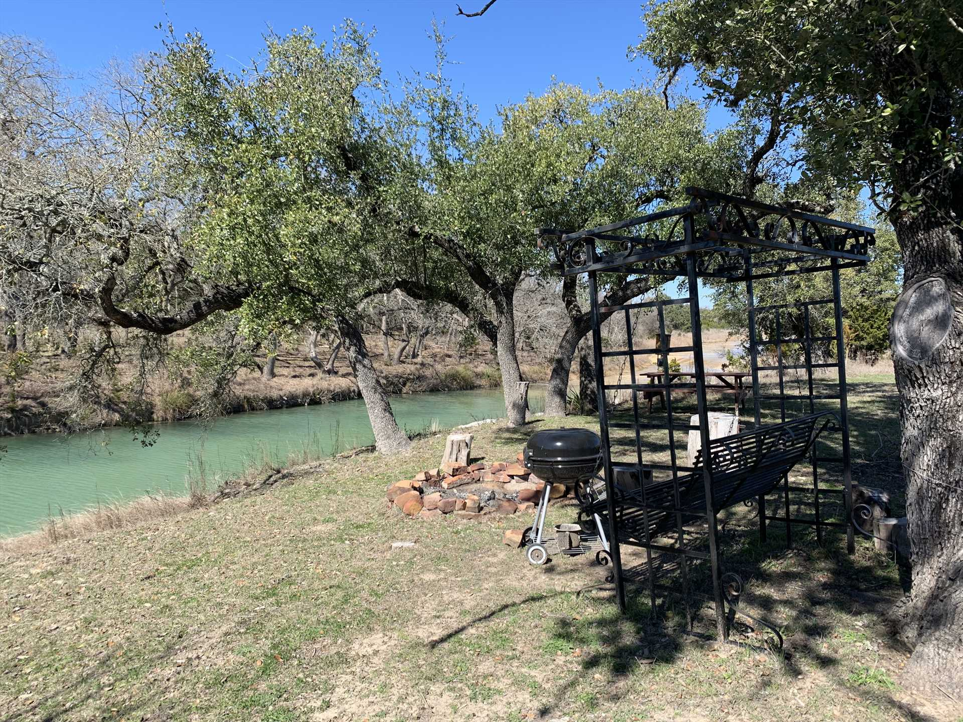 Nothing satisfies like a grilled meal by the creekside in the fresh Hill Country air, or a romantic sit-down on the yard swing!