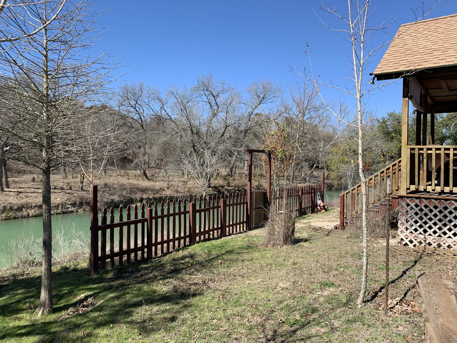 Not only will you enjoy a private creekside setting, but the tubing fun of the Medina River is just minutes away!