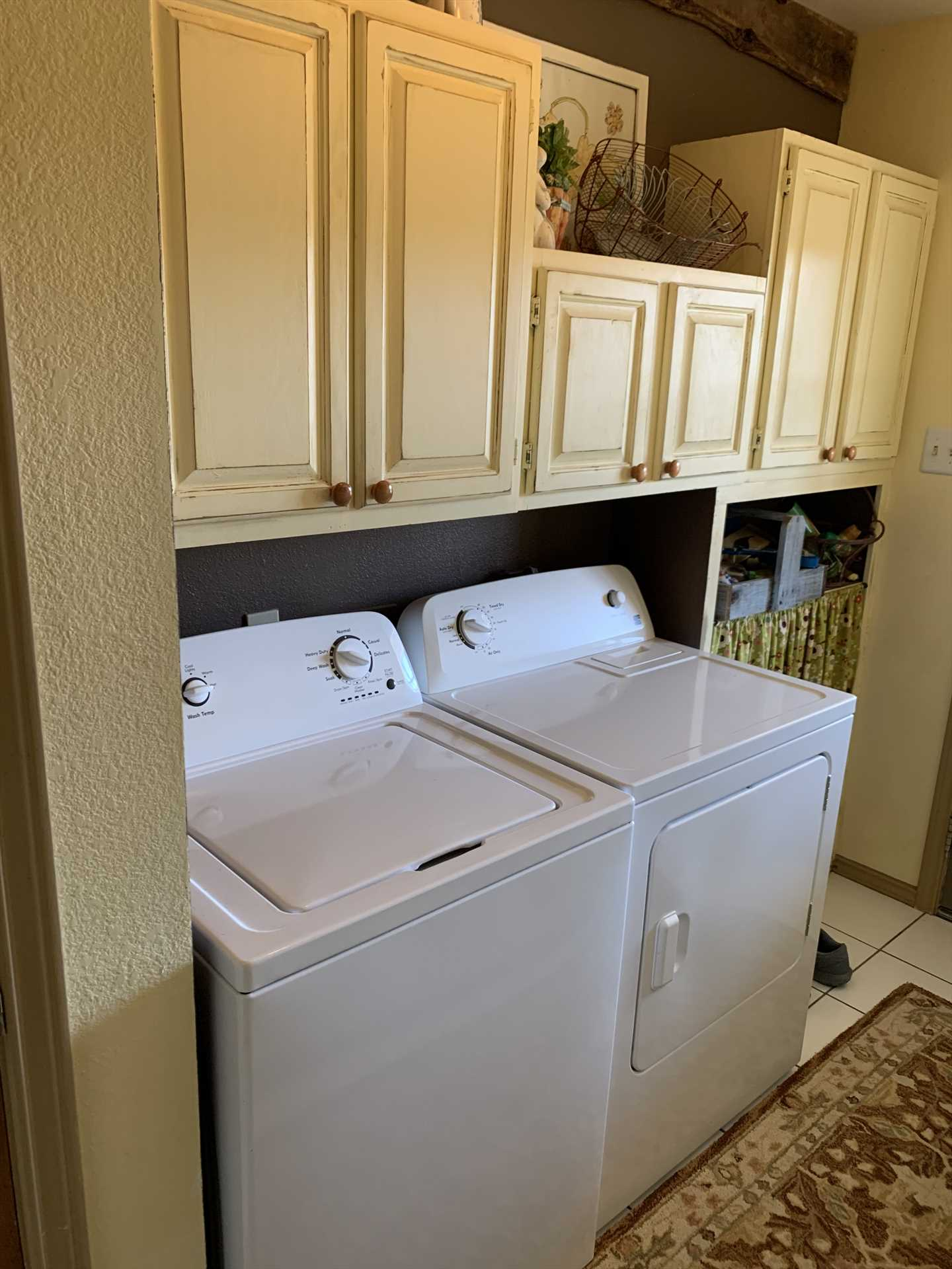 Don't fight mounds of dirty laundry after your vacation! Keep up with it all with the on-site washer and dryer.