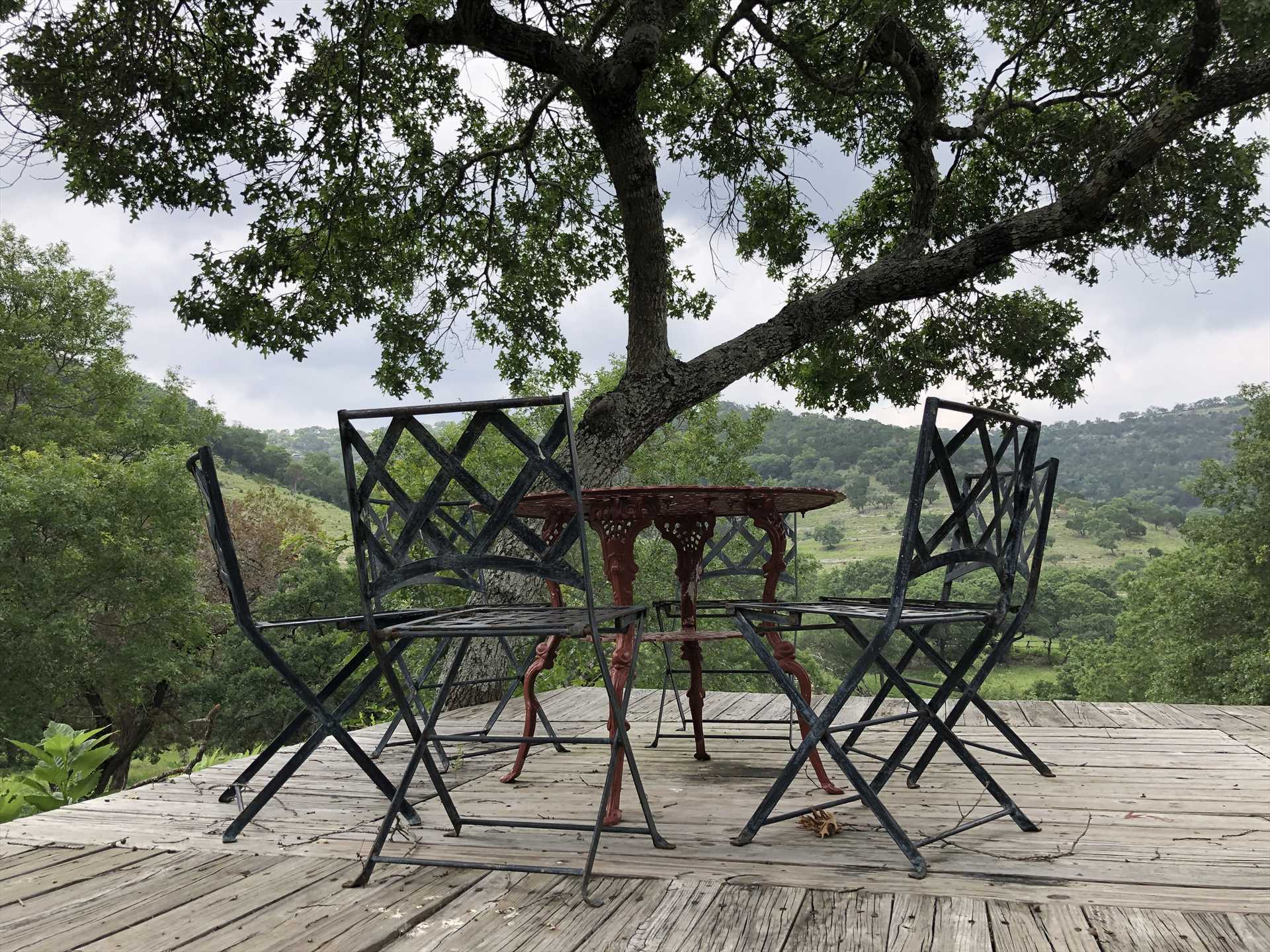 Recipe for great memories: take one Hill Country view, add four close friends or family members, stir in some fresh mountain air, mix well.