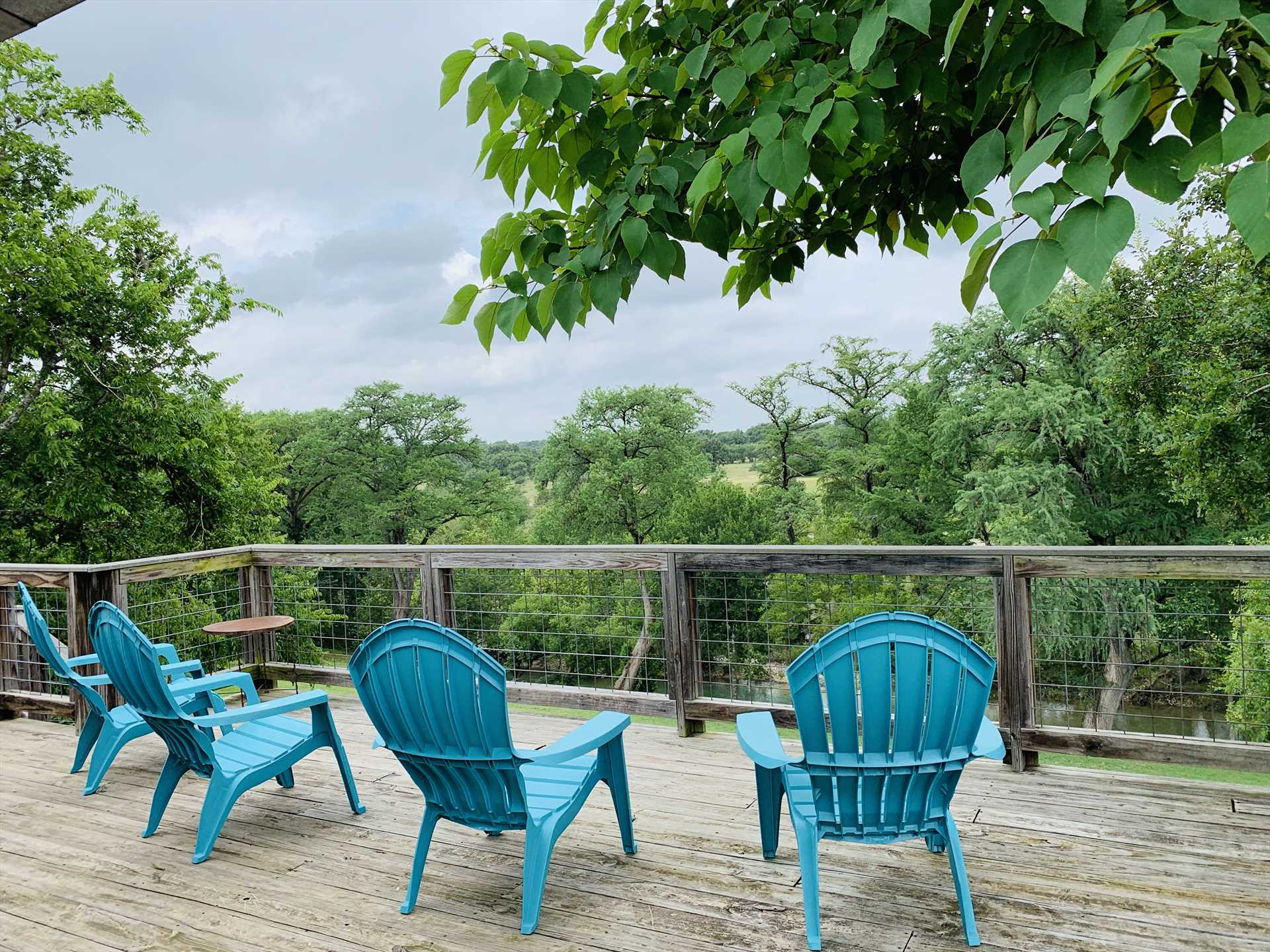 Take in that Hill Country splendor on the spacious deck!