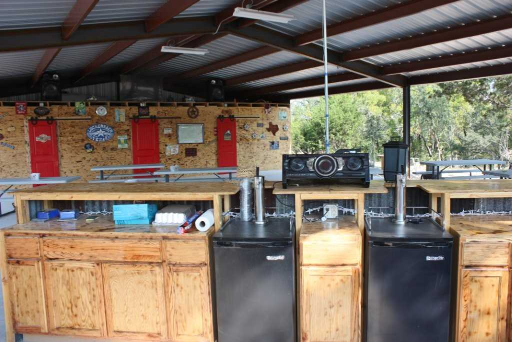 Swing your partner on the pavilion dance floor, tricked out with a fantastic stereo system!