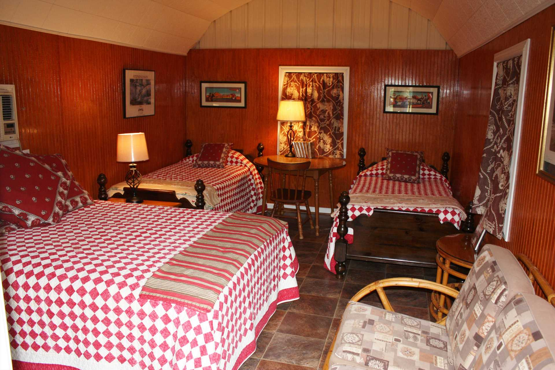Four can sleep in the cabin, with two twin beds and a queen. Both the cabin and main house include soft and clean bed and bath linens.