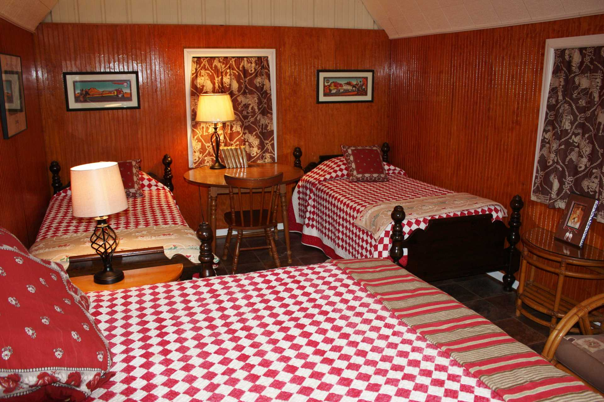 Comfort is assured in the cabin with window AC and heat, the main house is equipped with central AC and heat.