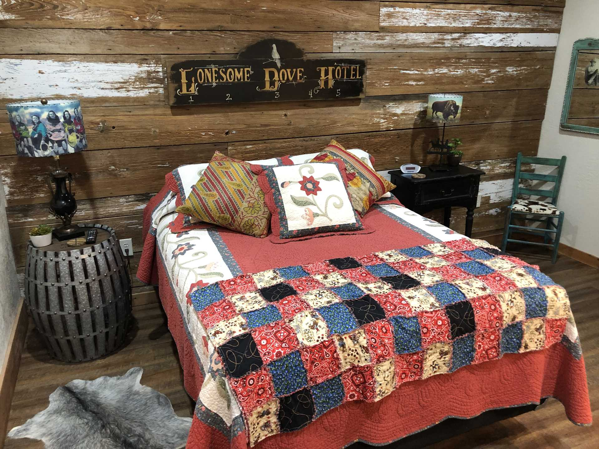 The comfy queen-sized bed (along with the futon and full bath) comes fully dressed-up with warm and clean linens.