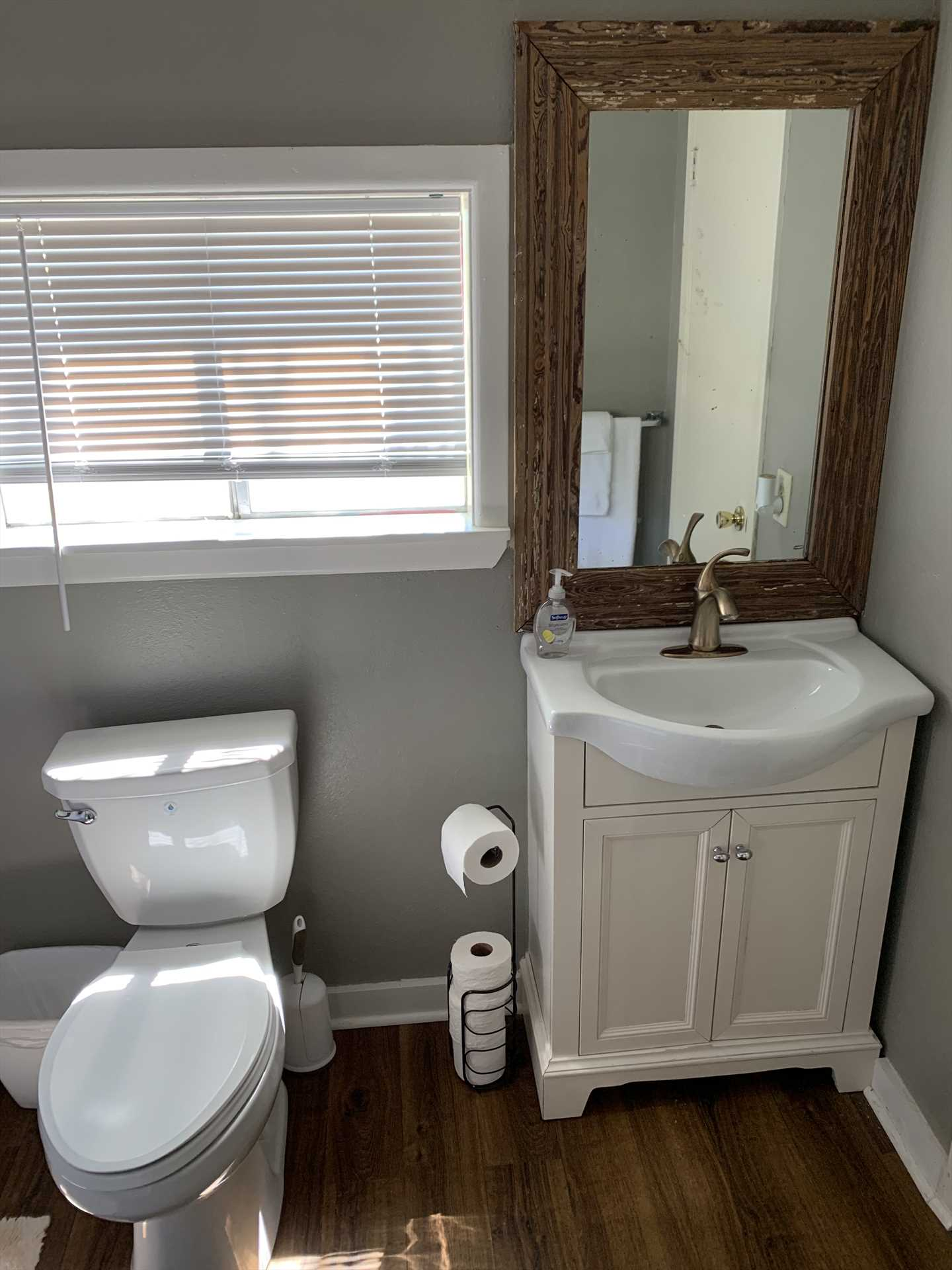 Both bathrooms in the cabin are equipped with tub and shower combos, as well as complimentary linens.