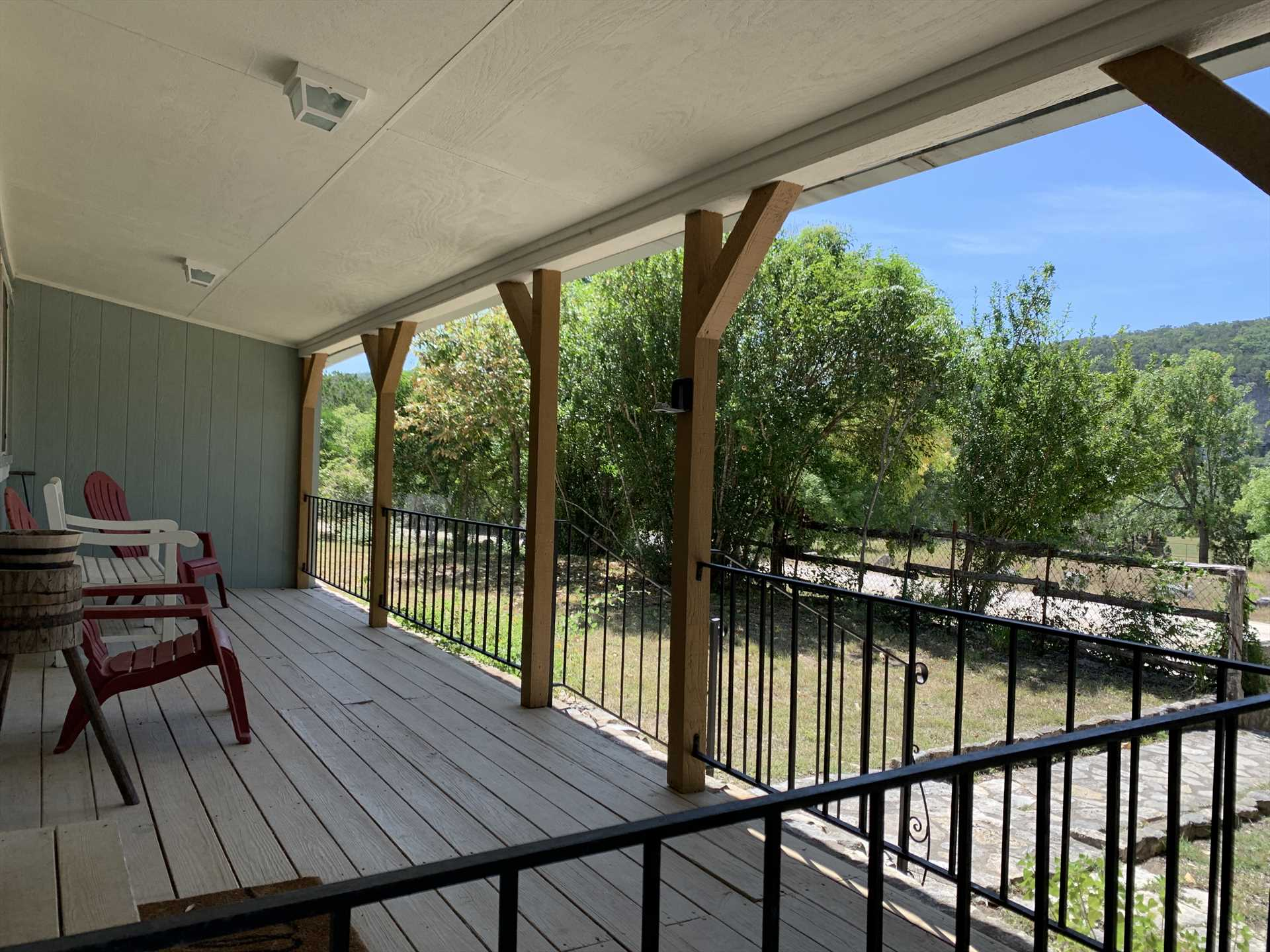 The comfy shaded patio keeps you out of the sun, while still providing postcard-perfect mountain views!