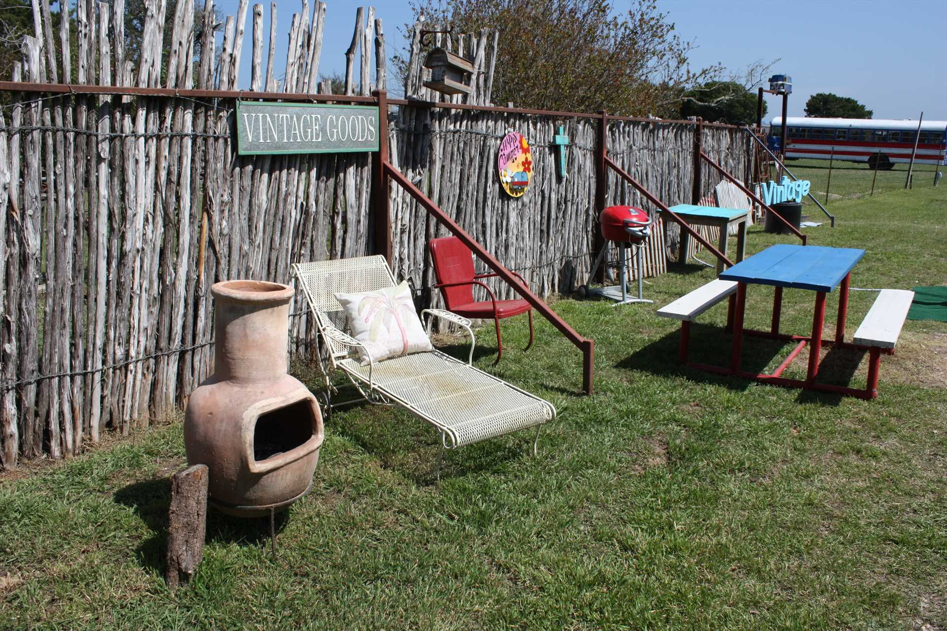 Both charcoal and gas grills are available for a BBQ feast-and be sure to check out the Country Accents antique store on the grounds, too!