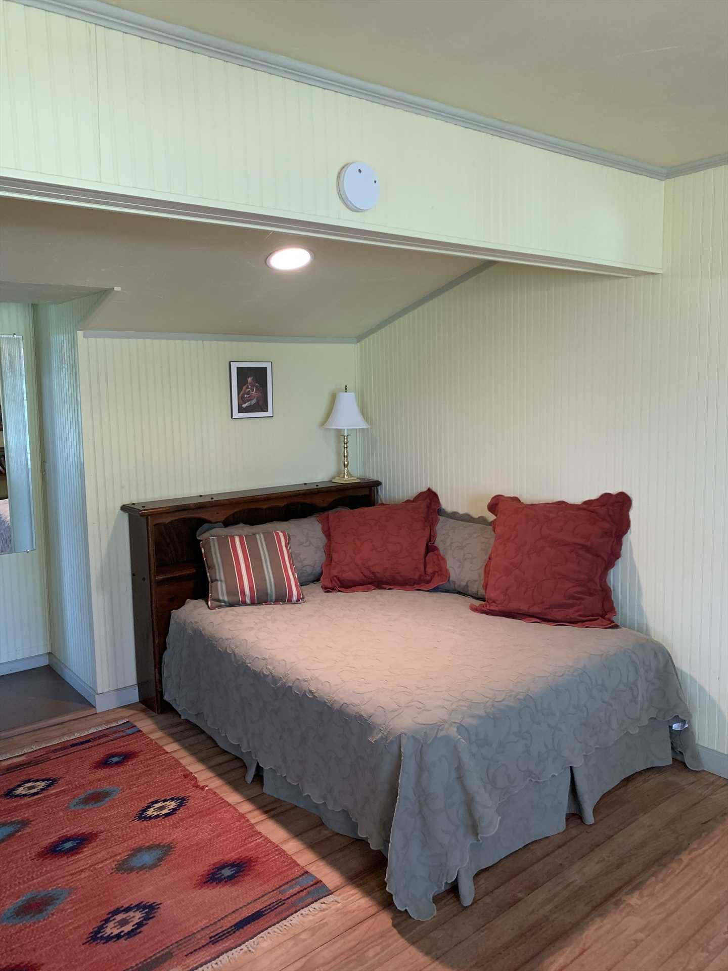 All the beds, and the full bathroom, include soft and clean linens for your visit.