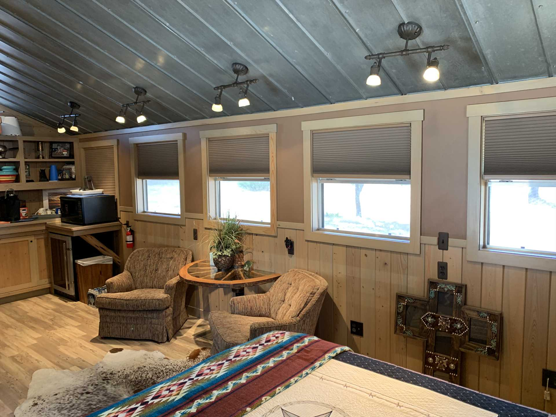 Central air and heat keep every inch of the stylish Star Cabin comfy, no matter what time of year you visit. You'll also have satellite and cable TV and shared Wifi for your tech needs.