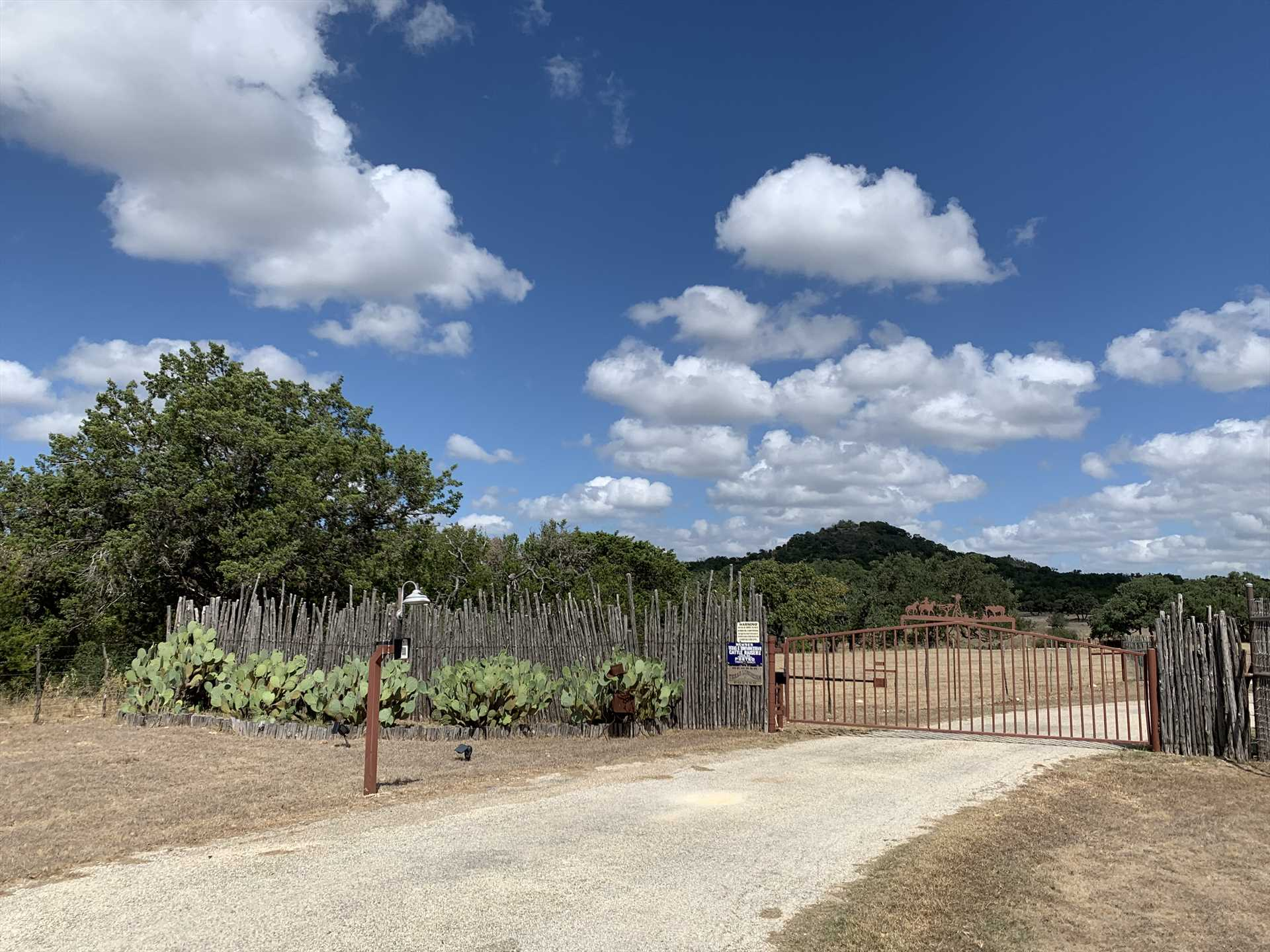Tabasco Ranch is close to quaint Hill Country towns and many of ifs famous wineries. Make it a point to explore!