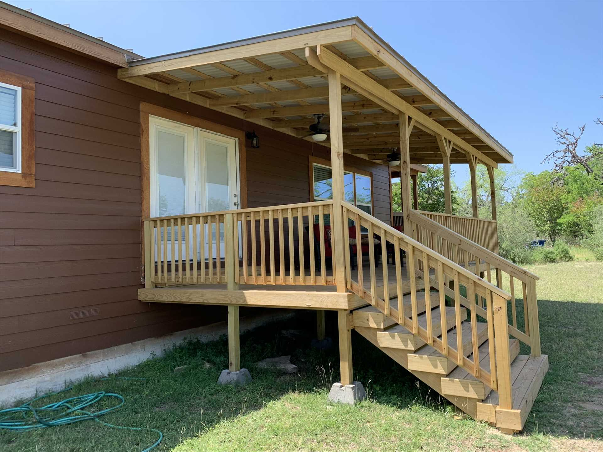 The brand-new deck is nicely shaded, and offers outstanding views of wildlife and the surrounding Hill Country.