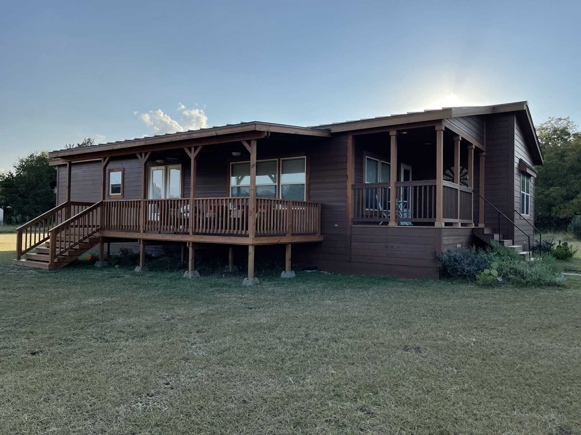 The brand-new deck is nicely shaded, and offers outstanding views of wildlife and the surrounding Hill Country.The brand-new deck is nicely shaded, and offers outstanding views of wildlife and the surrounding Hill Country.