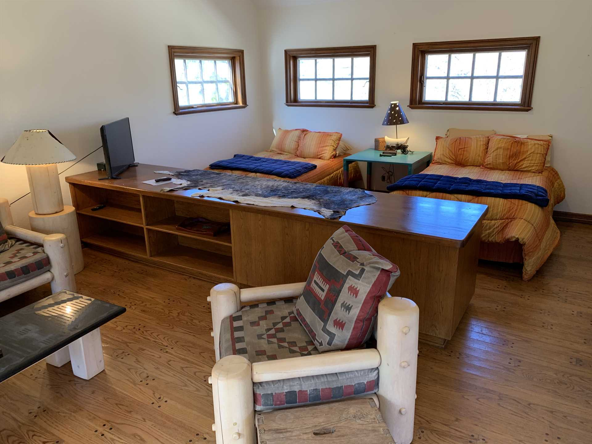 Two big, soft queen beds, and one double futon, comfortably sleep up to five at the Casita. All beds come with clean and soft linens, too!