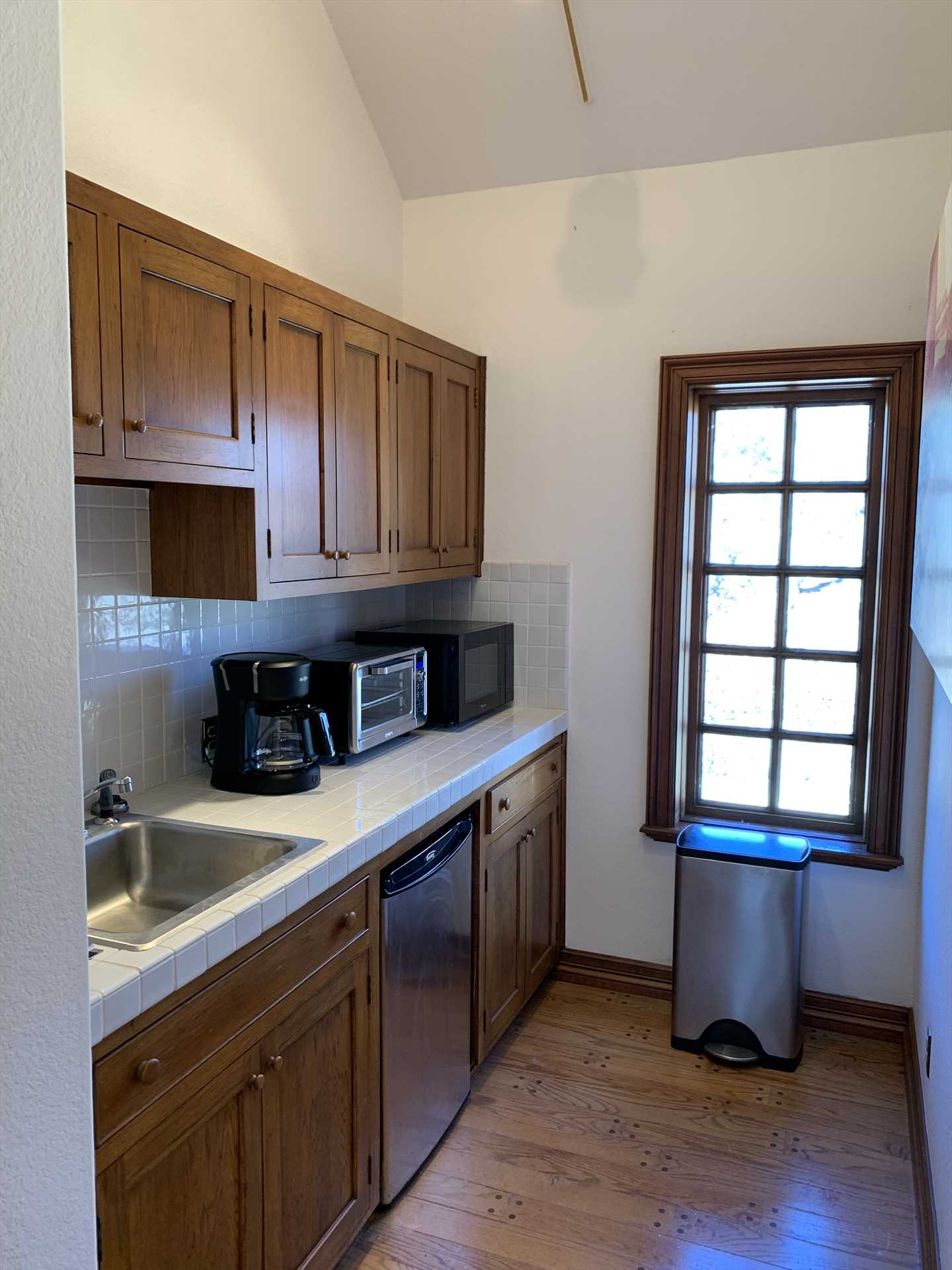 Your kitchen space includes a fridge, microwave, toaster and coffee maker-and numerous cuisine options in Hill Country towns like Kerrville are close by, too!