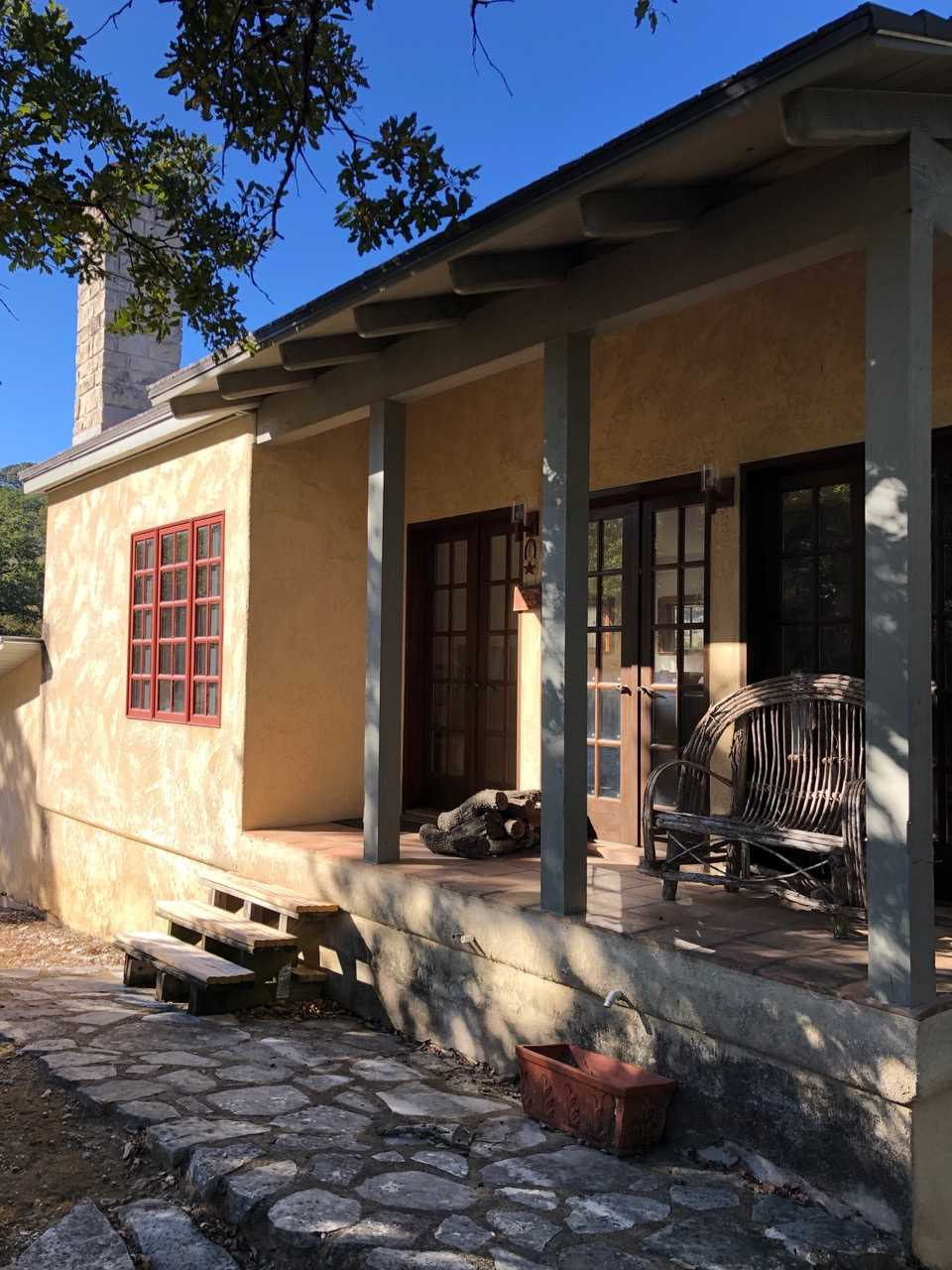 Don't forget there are three properties that are all yours when you book the Retreat: the Homestead, Casita, and Hill House. It's like having your own private holiday compound!
