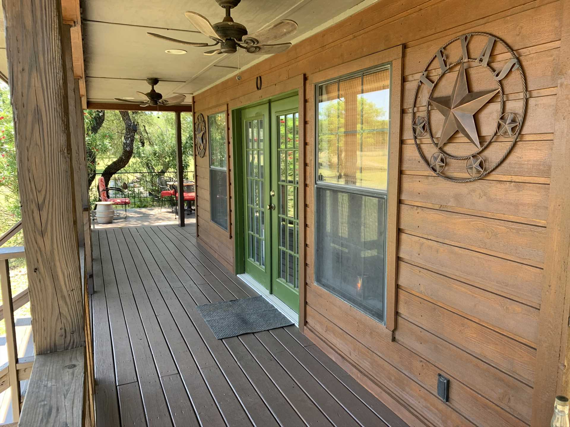 Before you take a step inside, the clean lines and decorative touches of the cabin welcome you to a memorable and romantic experience.