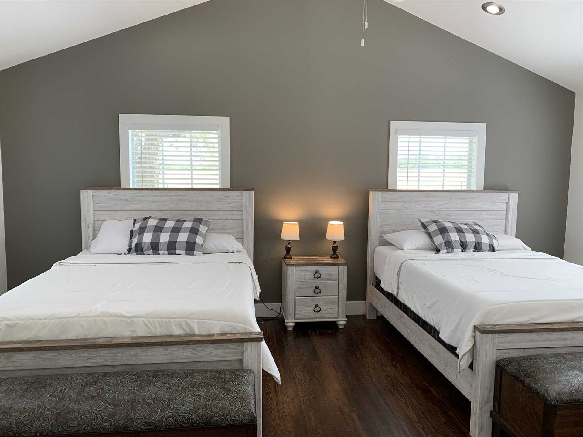 Two nicely-matched queen-sized beds provide luxurious comfort for up to four guests in the second bedroom. All told, the Retreat sleeps up to six.