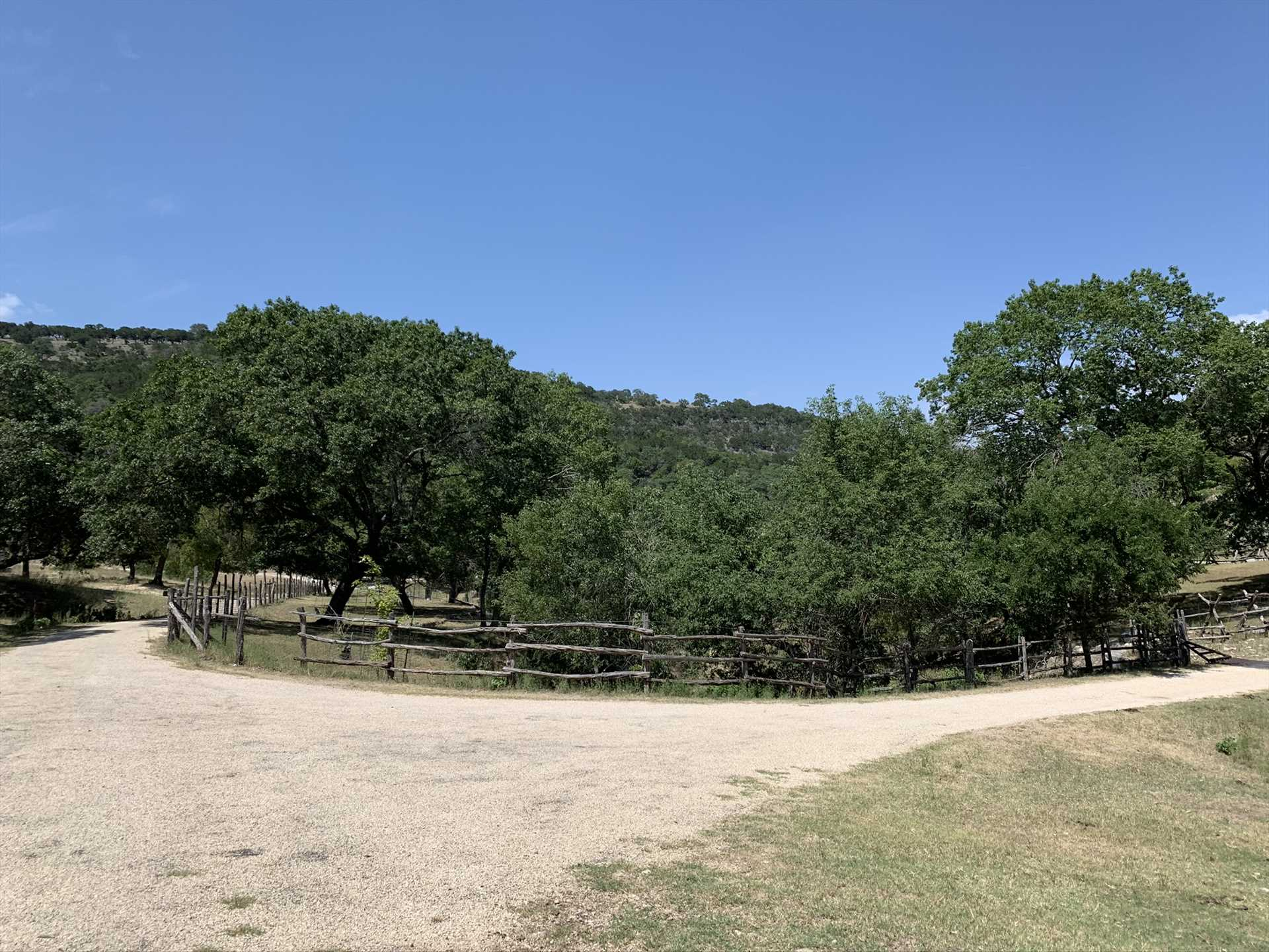The 500-acre 7 Canyons Ranch includes over ten miles of hiking trails for guests to explore.