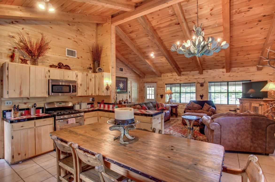 One of our favorite things about the Homestead is the decor, more importantly, the Cactus chandelier that hangs above the open floor plan!