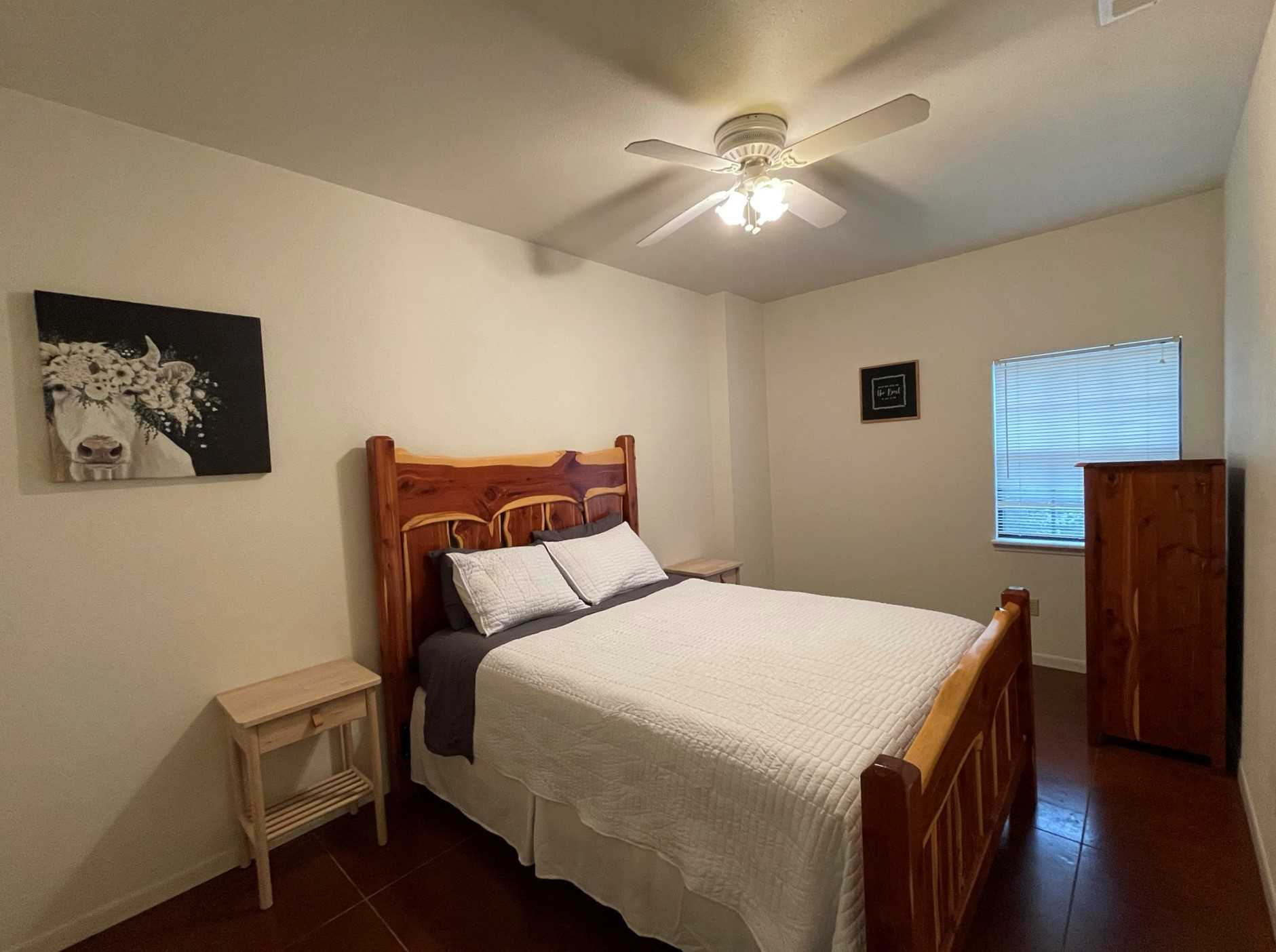 Got a couple in your crew who'd like some privacy? This bedroom comes with a sumptuously comfy queen bed, with complimentary linens, of course!