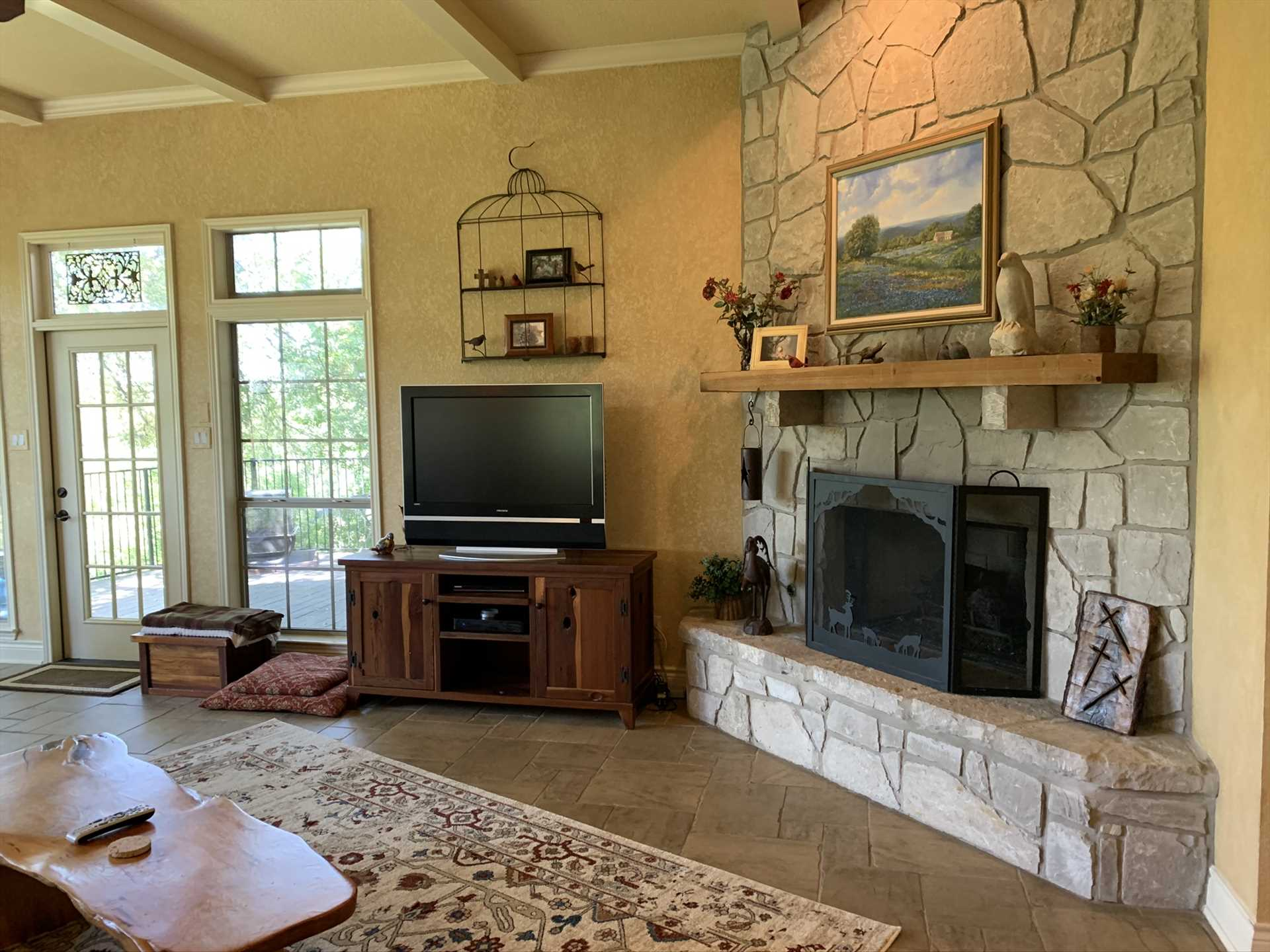 Your tech amenities here include smart TV with cable, Wifi Internet service, and central air and heat for year-round comfort.