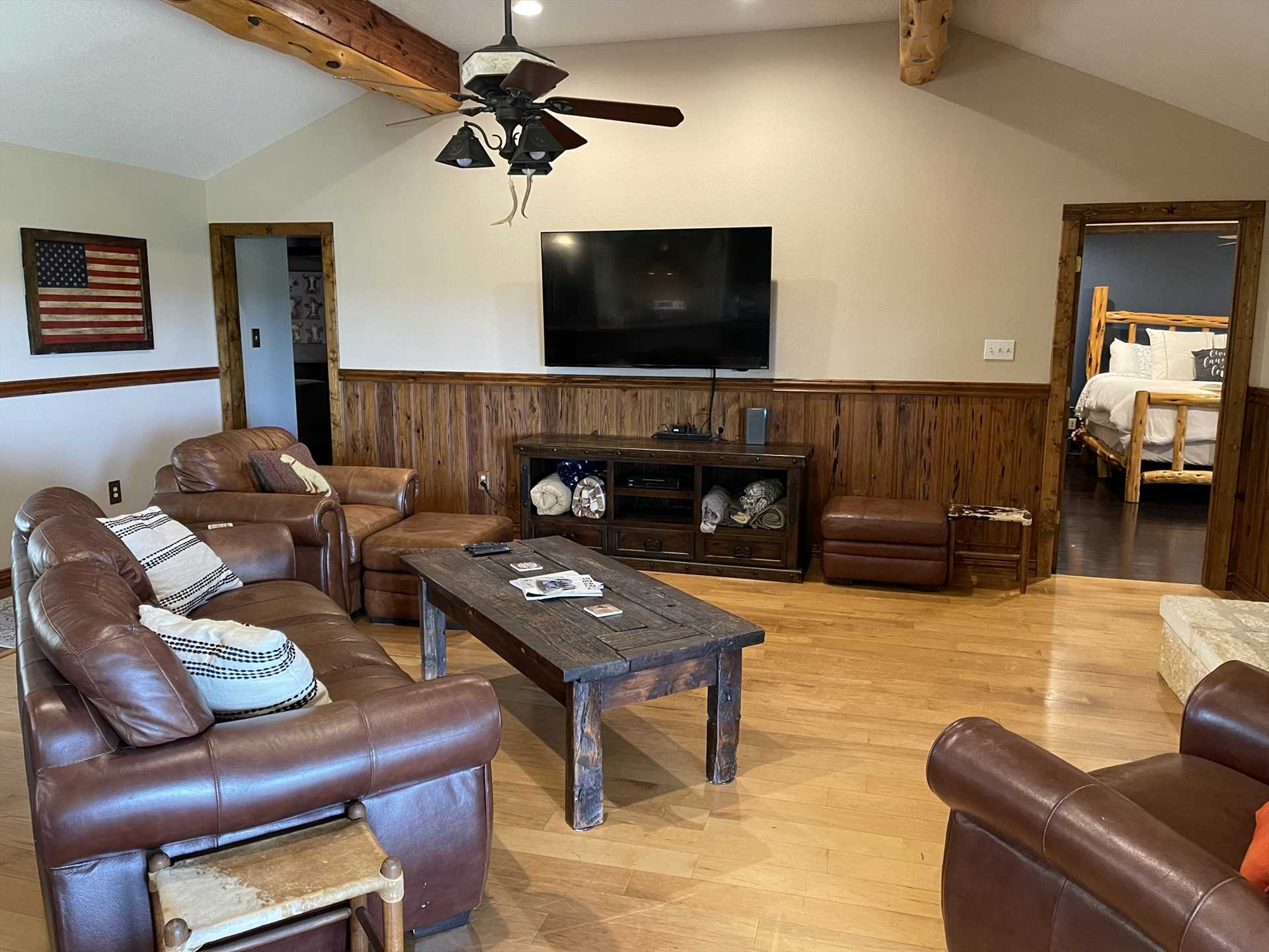 Wifi, satellite TVs, central air and heat, and ceiling fans all highlight the expansive package of extras you'll enjoy at the retreat.