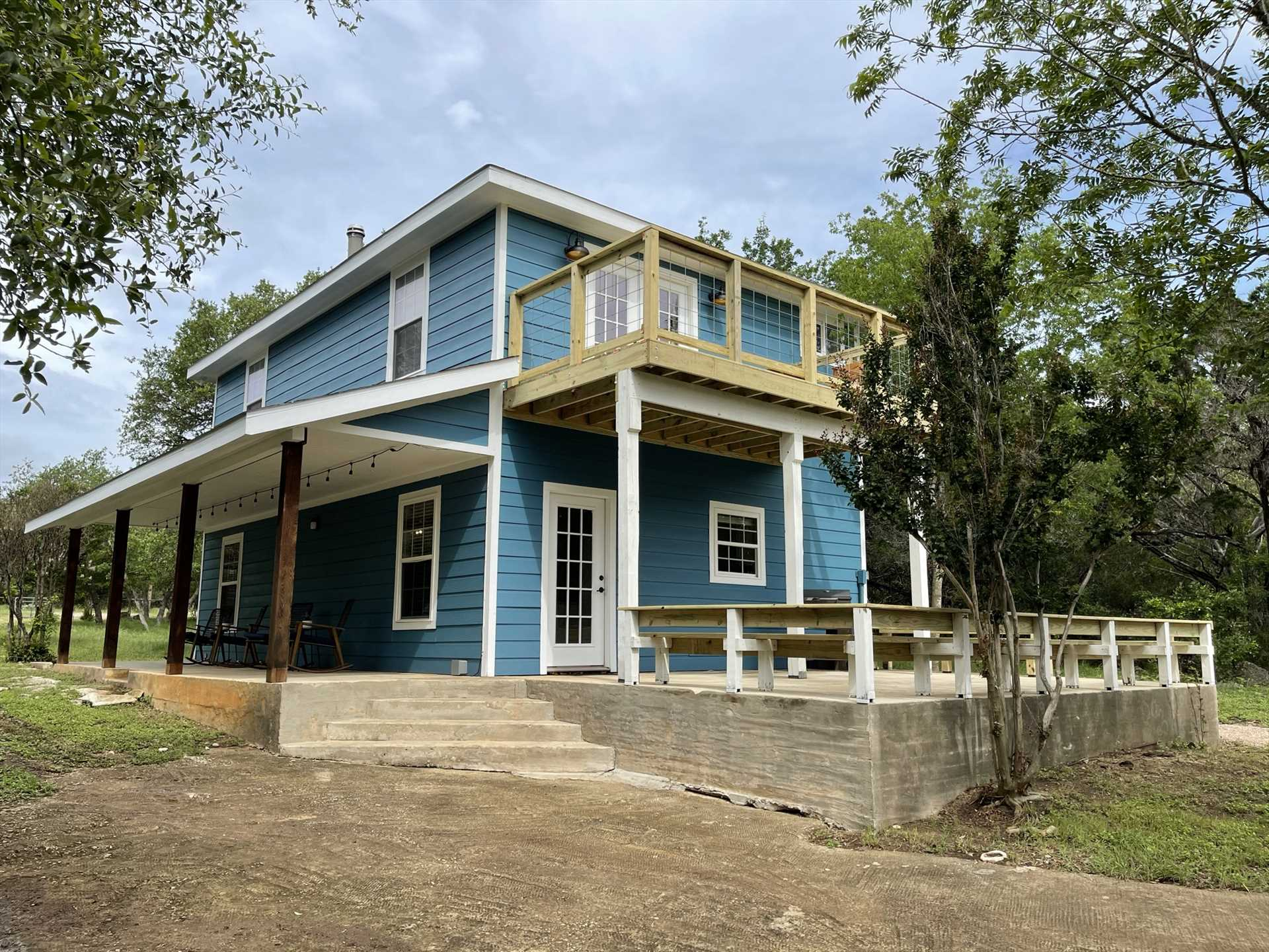 What a big and beautiful family getaway space! We'd love to welcome you to your home away from home in the Hill Country.
