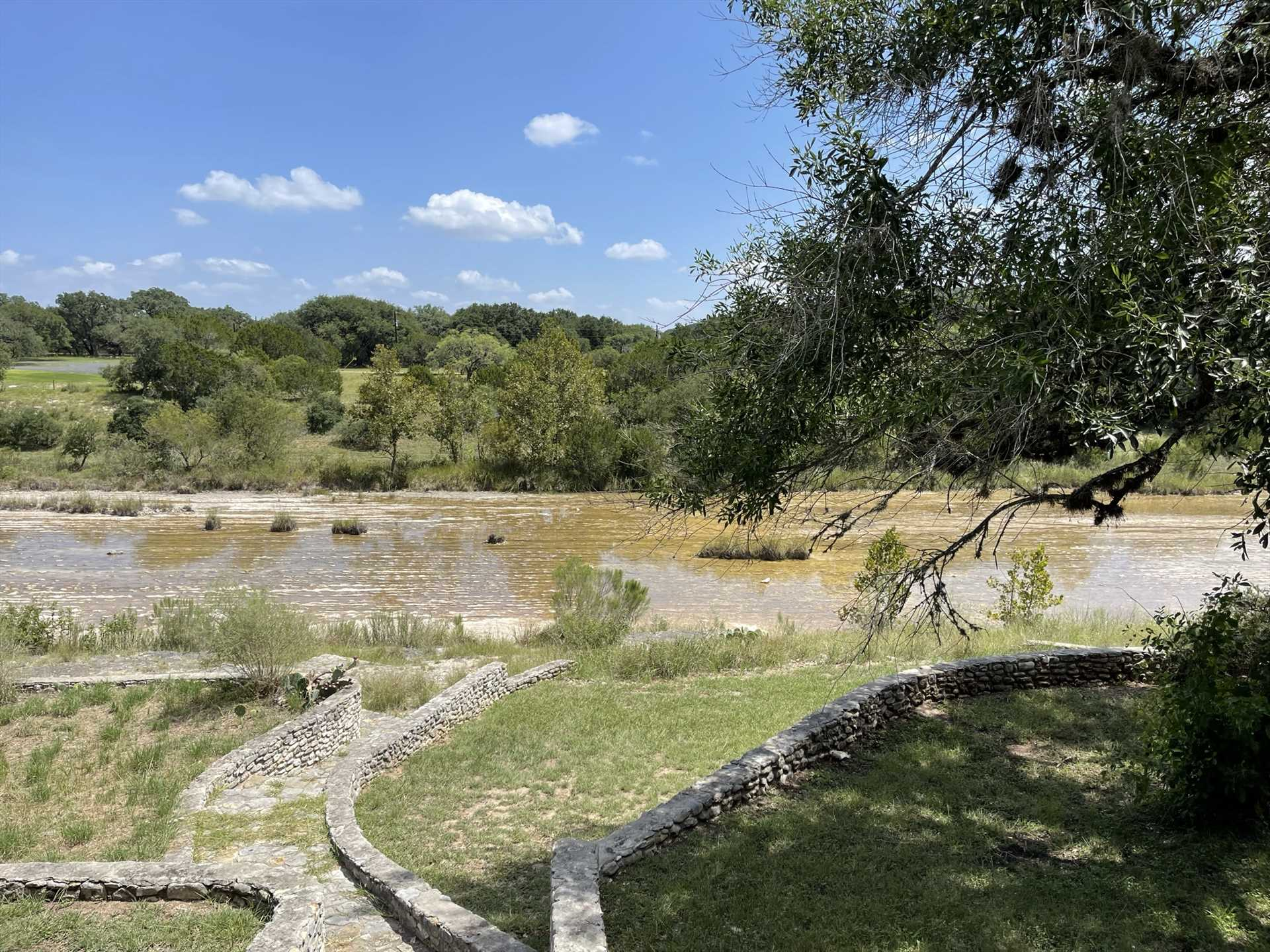 Your vacation home at the Lodge is close to the fun of the Frio River and shops in Concan, and Garner State Park is only 15 minutes away!